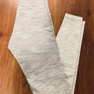 Lululemon athletica size 4 ombré tights